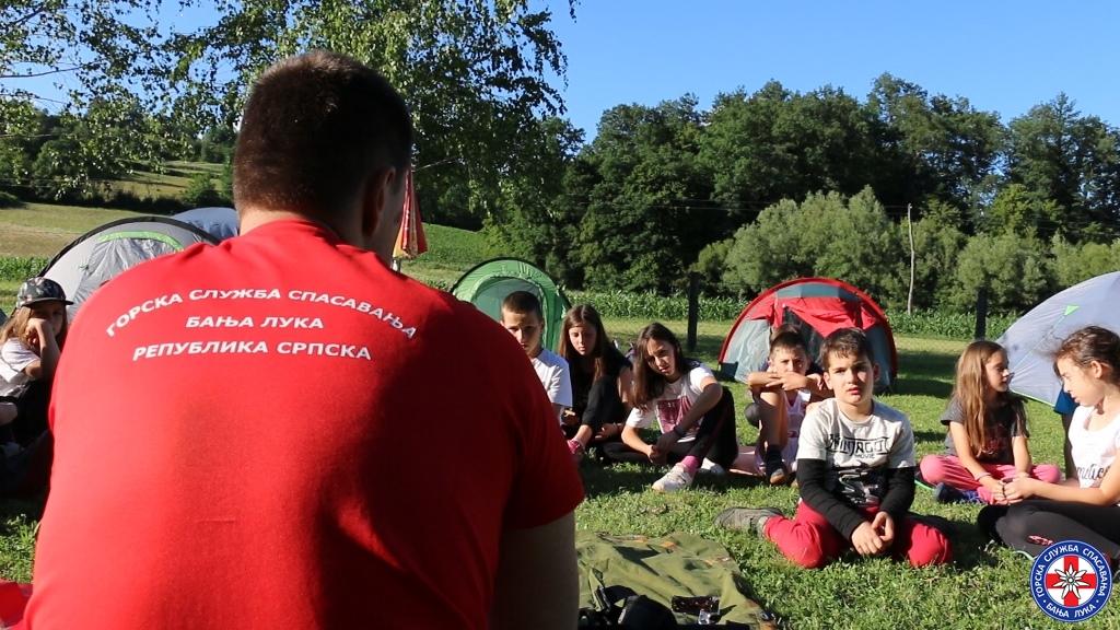 Kamp za male planinare (2)